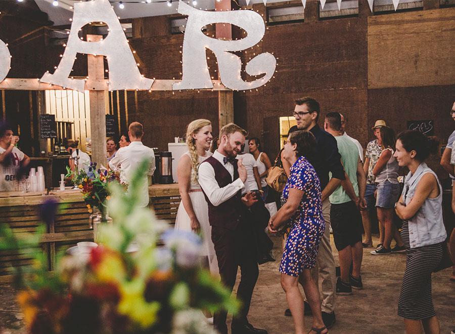 bar festival bruiloft